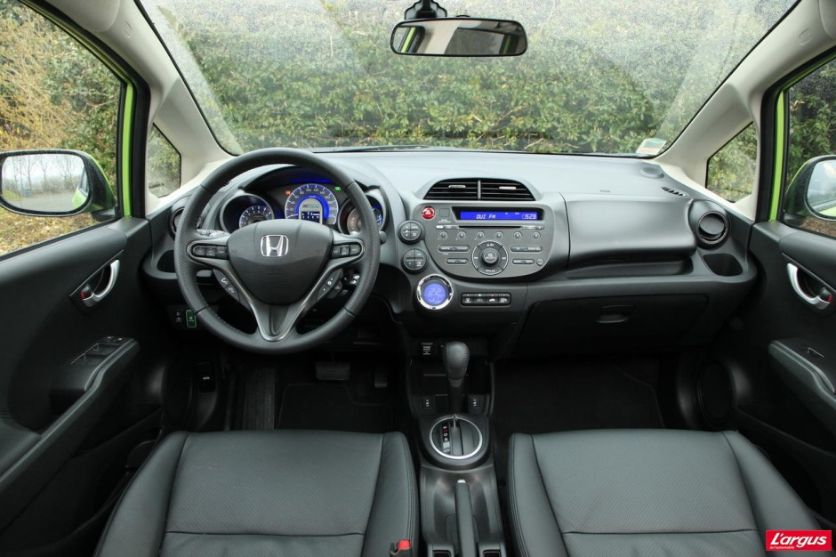 la honda jazz hybrid affronte la peugeot 207 hdi photo 12 l 39 argus. Black Bedroom Furniture Sets. Home Design Ideas
