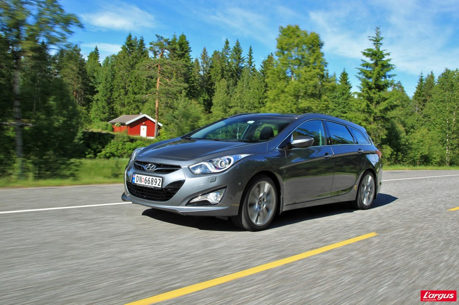 hyundai i40 sw un authentique break familial photo 1 l 39 argus. Black Bedroom Furniture Sets. Home Design Ideas