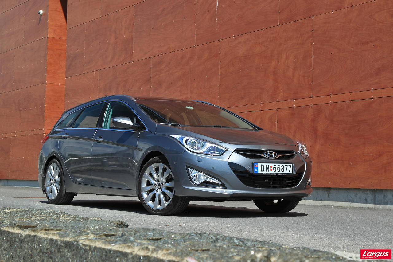 hyundai i40 sw un authentique break familial photo 20 l 39 argus. Black Bedroom Furniture Sets. Home Design Ideas