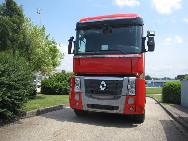 le dernier magnum de renault trucks l 39 argus. Black Bedroom Furniture Sets. Home Design Ideas