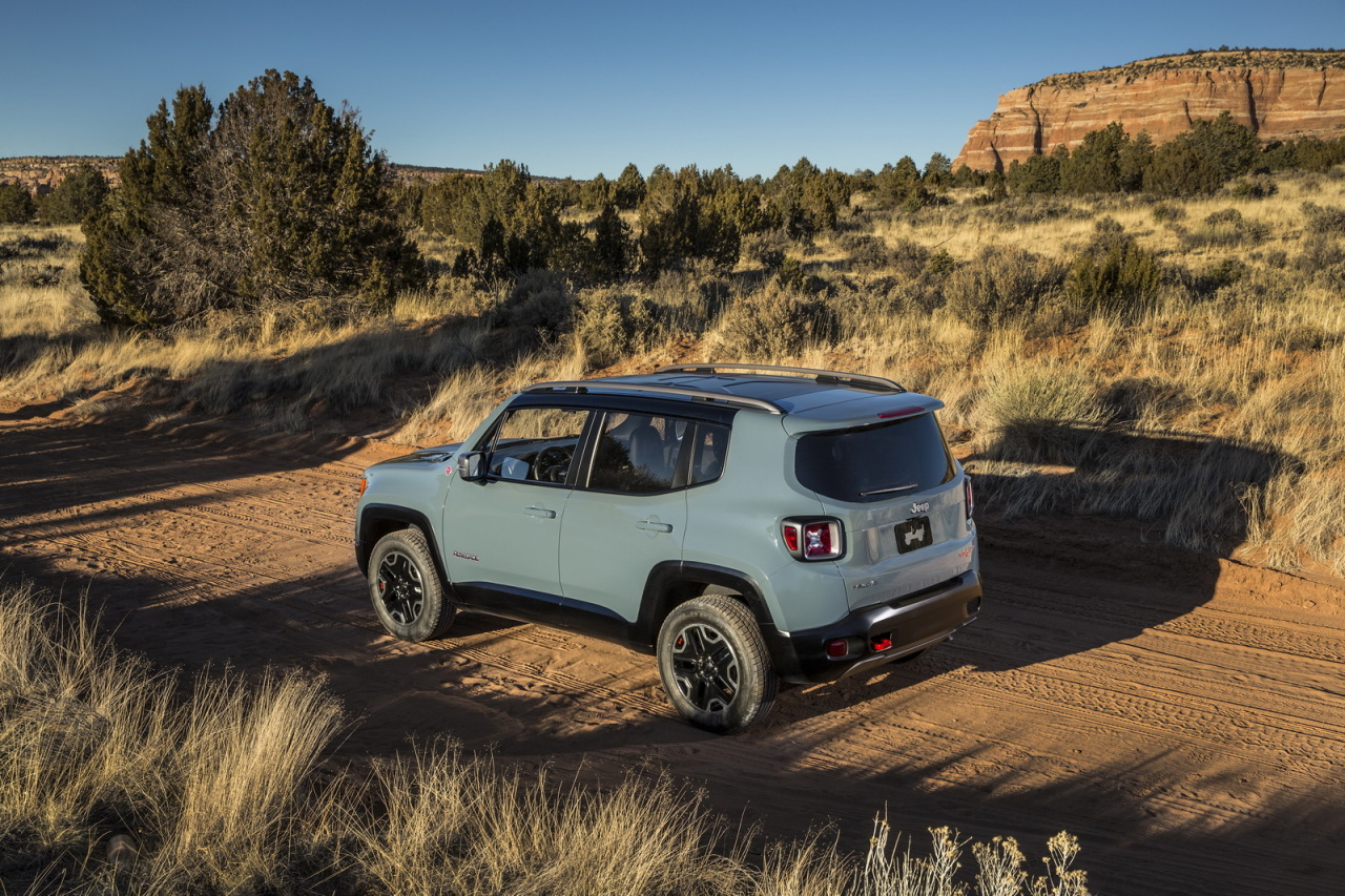 prix jeep renegade 2014 les tarifs de la baby jeep photo 4 l 39 argus. Black Bedroom Furniture Sets. Home Design Ideas