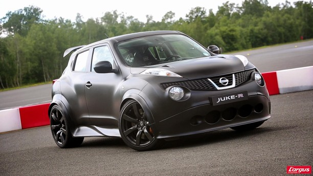 nissan juke r ils ont os l 39 argus. Black Bedroom Furniture Sets. Home Design Ideas