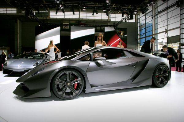 lamborghini sesto elemento actualit essais cote argus. Black Bedroom Furniture Sets. Home Design Ideas