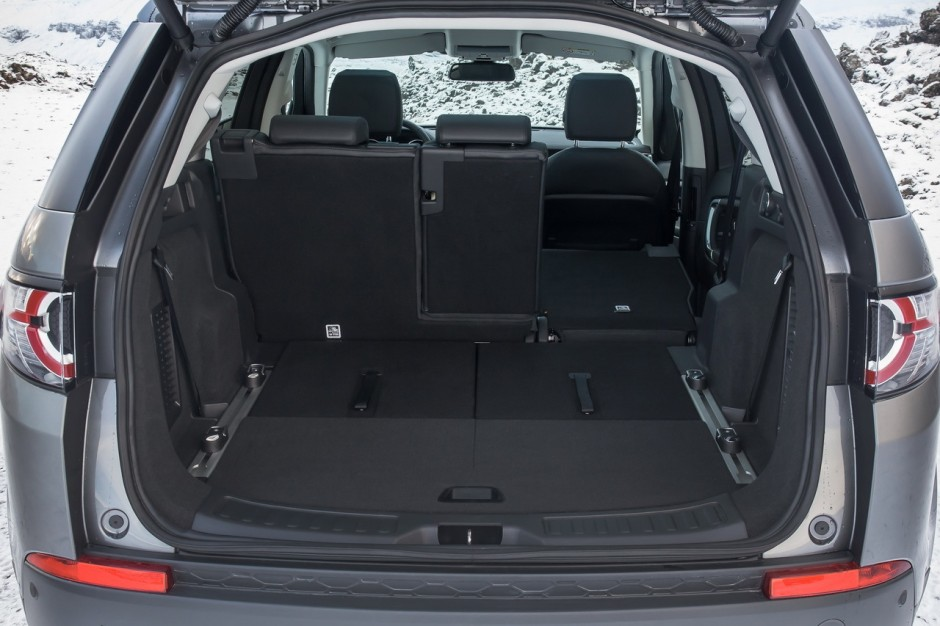 essai land rover discovery sport il n 39 a pas froid aux yeux photo 44 l 39 argus. Black Bedroom Furniture Sets. Home Design Ideas