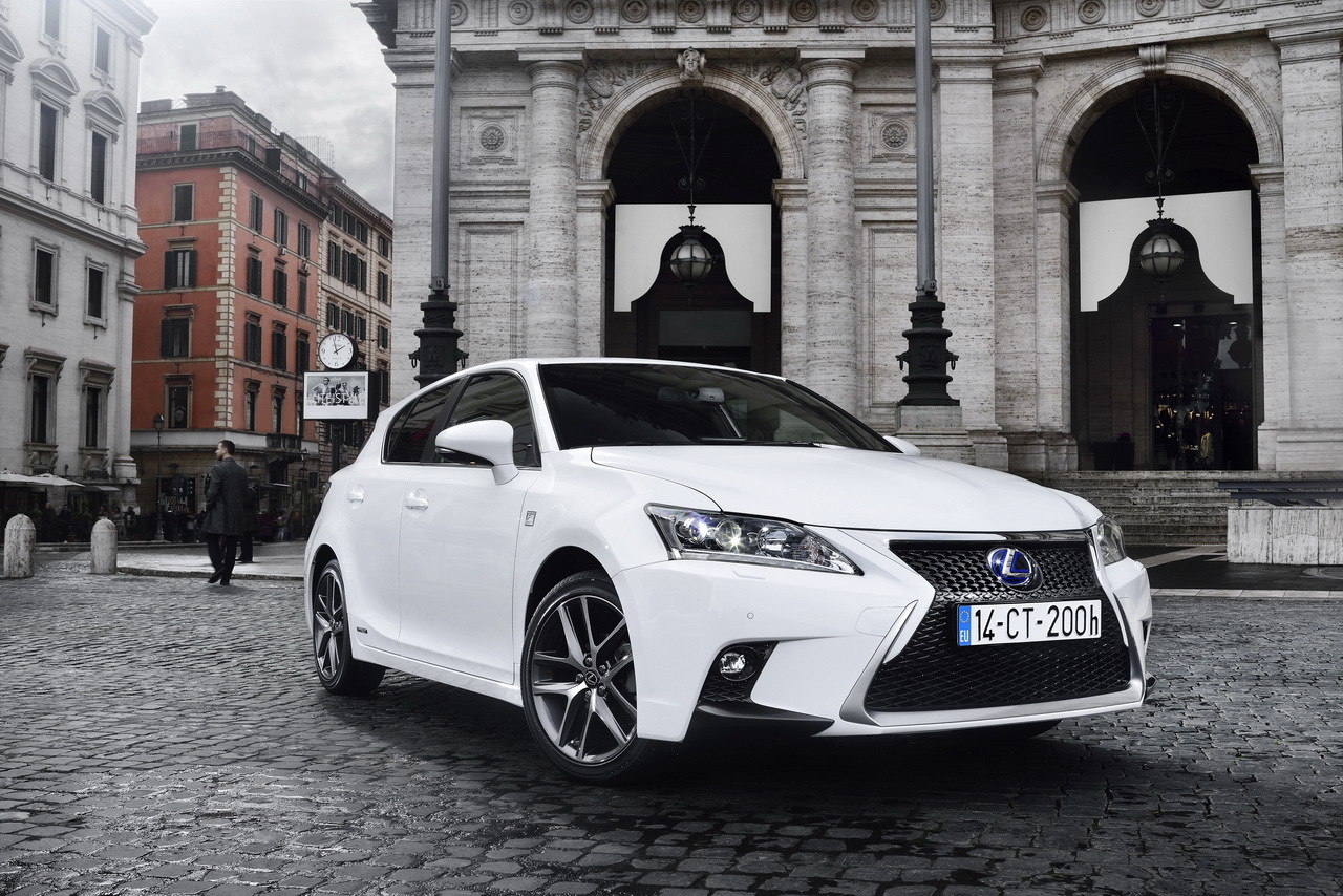 essai lexus ct200h 2014 des progr s notables photo 21 l 39 argus. Black Bedroom Furniture Sets. Home Design Ideas