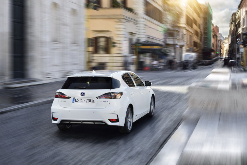 essai lexus ct200h 2014 des progr s notables photo 23 l 39 argus. Black Bedroom Furniture Sets. Home Design Ideas