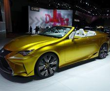Lexus LF-C2 : un toit rigide escamotable pour le futur cabriolet RC ?