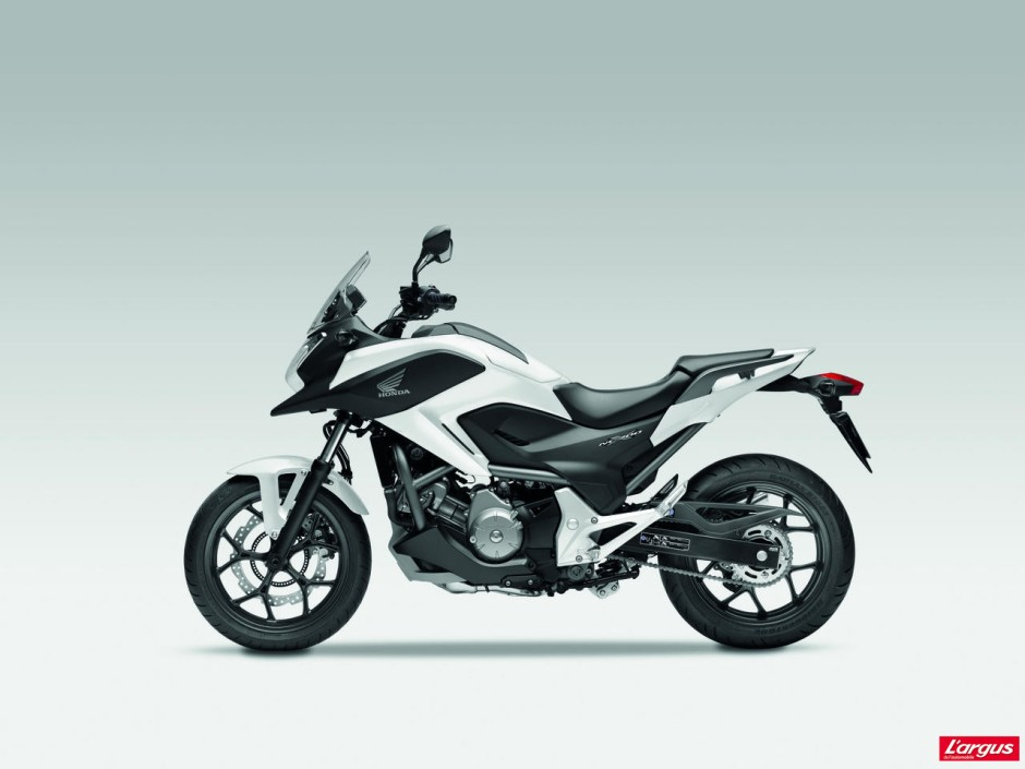 honda nc700x la moto en mode co photo 17 l 39 argus. Black Bedroom Furniture Sets. Home Design Ideas