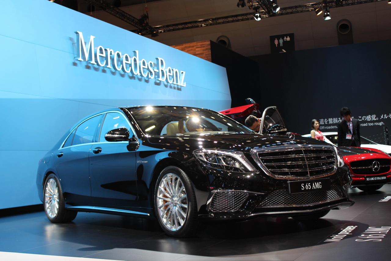 mercedes classe s 65 amg l 39 arme lourde au salon de tokyo 2013 l 39 argus. Black Bedroom Furniture Sets. Home Design Ideas