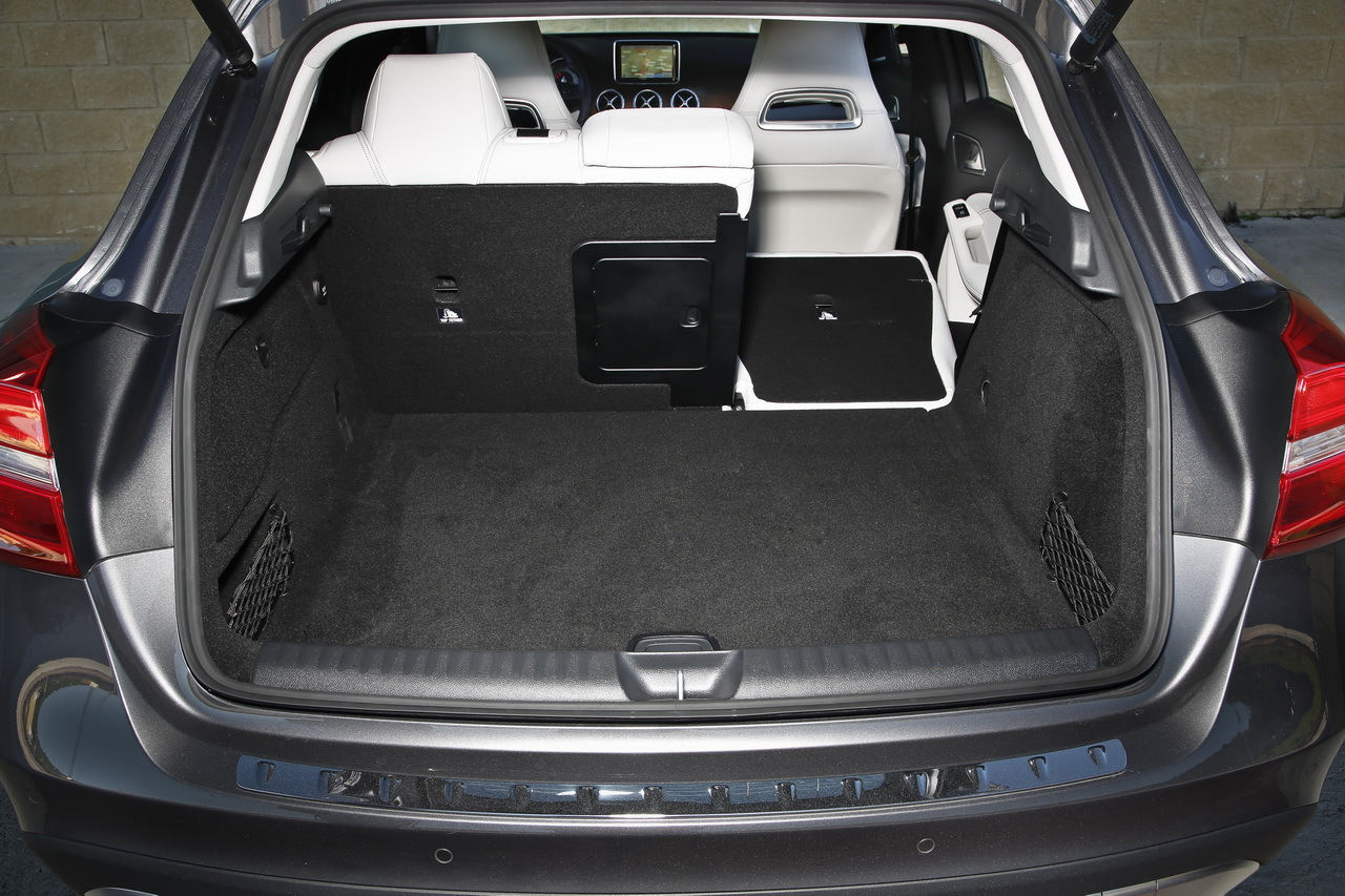 essai du mercedes gla 2014 un avant go t de 4x4 photo 7 l 39 argus. Black Bedroom Furniture Sets. Home Design Ideas
