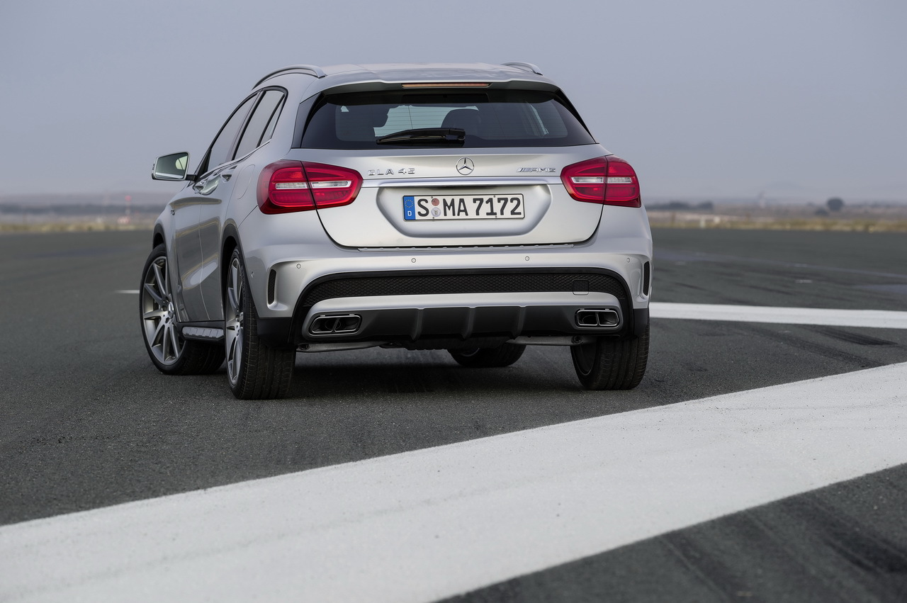 photo du Mercedes GLA 45 AMG