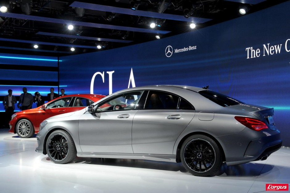 nouvelle mercedes cla une cls en miniature photo 13 l 39 argus. Black Bedroom Furniture Sets. Home Design Ideas