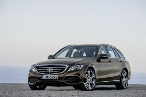 La Mercedes 250 BlueTec 4MATIC est désormais disponible en break à partir de 47 700 €.