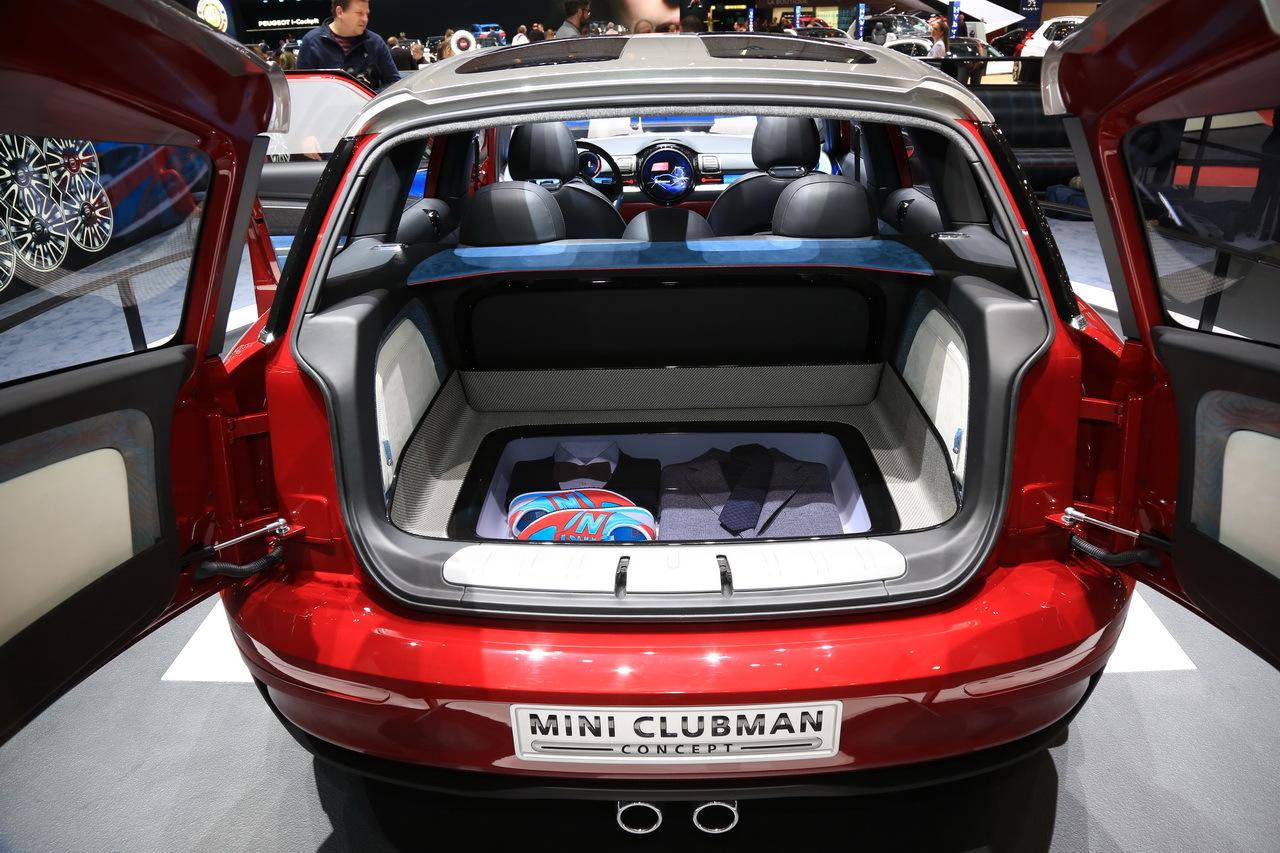 clubman 2015 la mini se prend pour une golf salon de. Black Bedroom Furniture Sets. Home Design Ideas