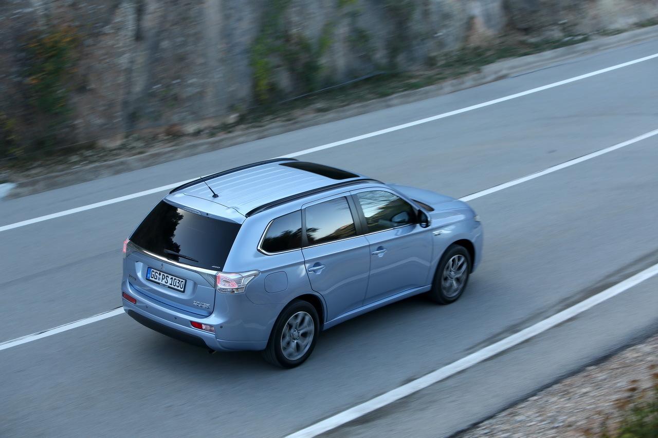 Essai de l'Outlander PHEV, le SUV hybride rechargeable de Mitsubishi