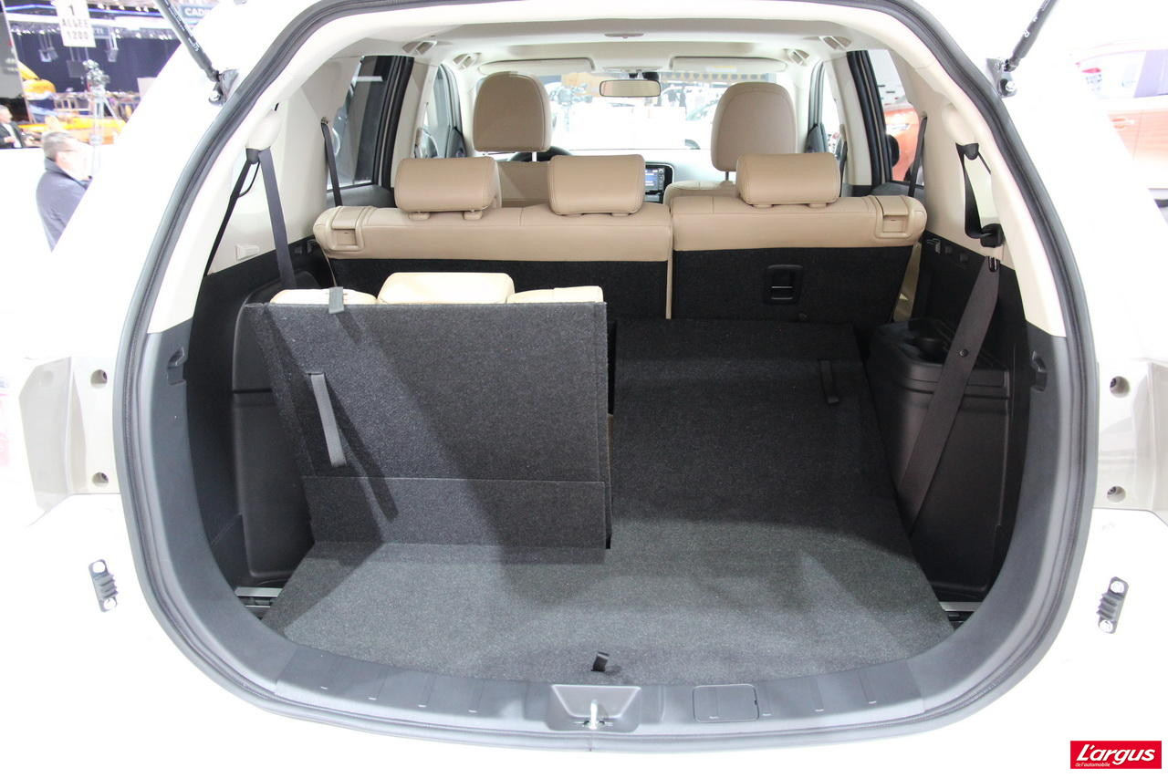 forum mitsubishi outlander 4007 ouvert depuis 2007 section phev et outlander 4. Black Bedroom Furniture Sets. Home Design Ideas