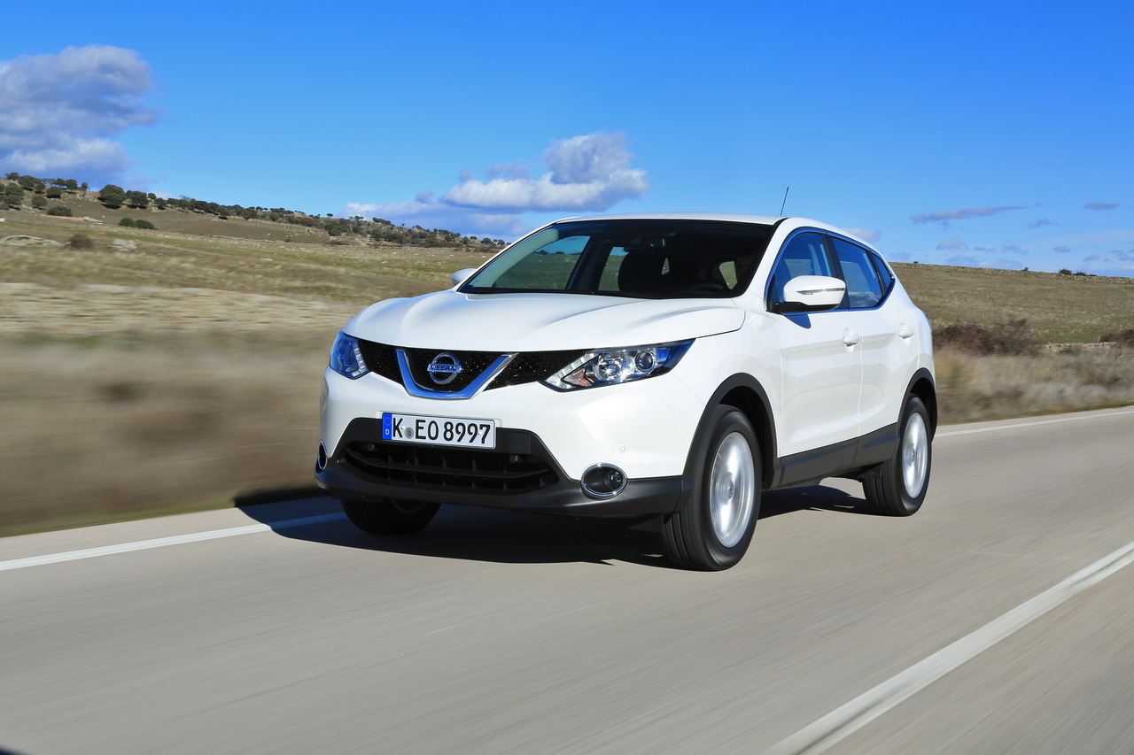 essai du nissan qashqai 2014 face ses concurrents photo 12 l 39 argus. Black Bedroom Furniture Sets. Home Design Ideas