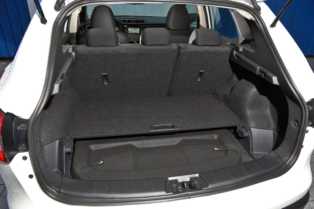 essai du nissan qashqai 2014 face ses concurrents photo 34 l 39 argus. Black Bedroom Furniture Sets. Home Design Ideas