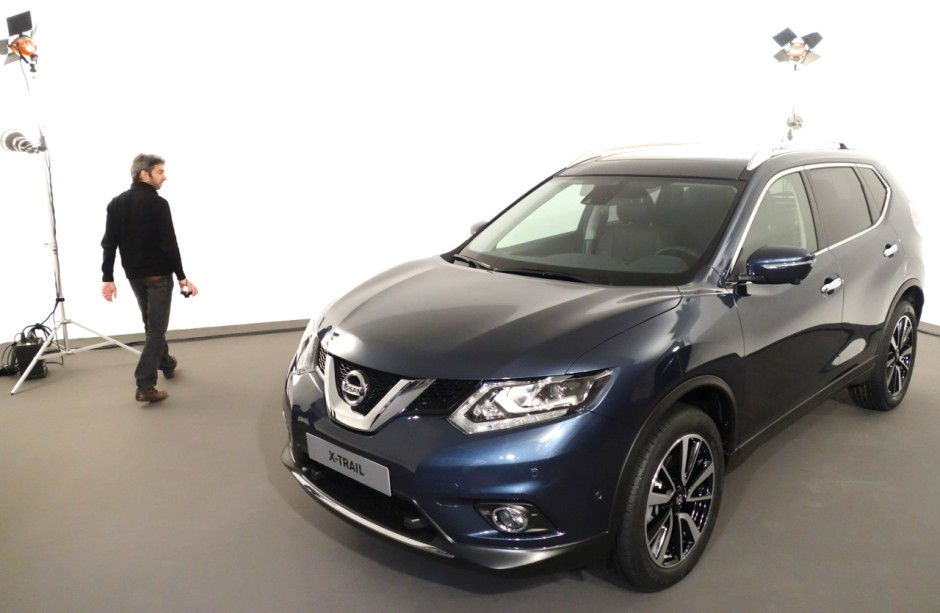 vid o nissan x trail un crossover 7 places partir de 27 700 photo 1 l 39 argus. Black Bedroom Furniture Sets. Home Design Ideas