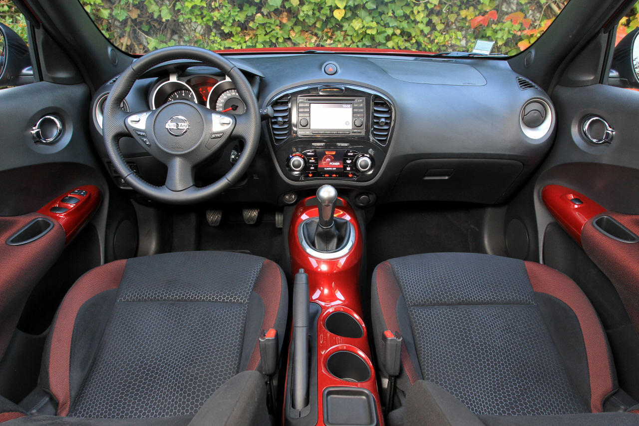 nissan juke 1 6 la version viter photo 19 l 39 argus. Black Bedroom Furniture Sets. Home Design Ideas