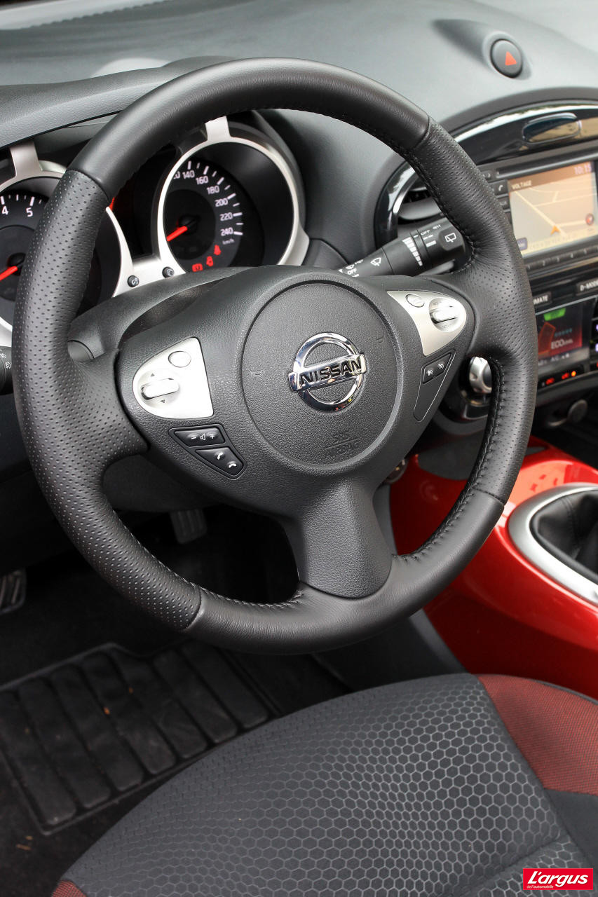nissan juke 1 6 la version viter photo 21 l 39 argus. Black Bedroom Furniture Sets. Home Design Ideas