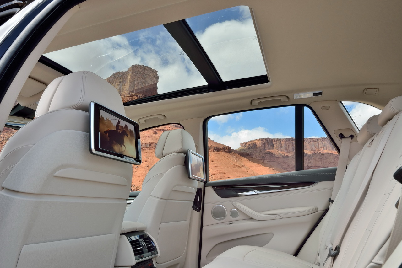 bmw x5 nouveau bmw x5 2013 les tarifs d voil s salon. Black Bedroom Furniture Sets. Home Design Ideas