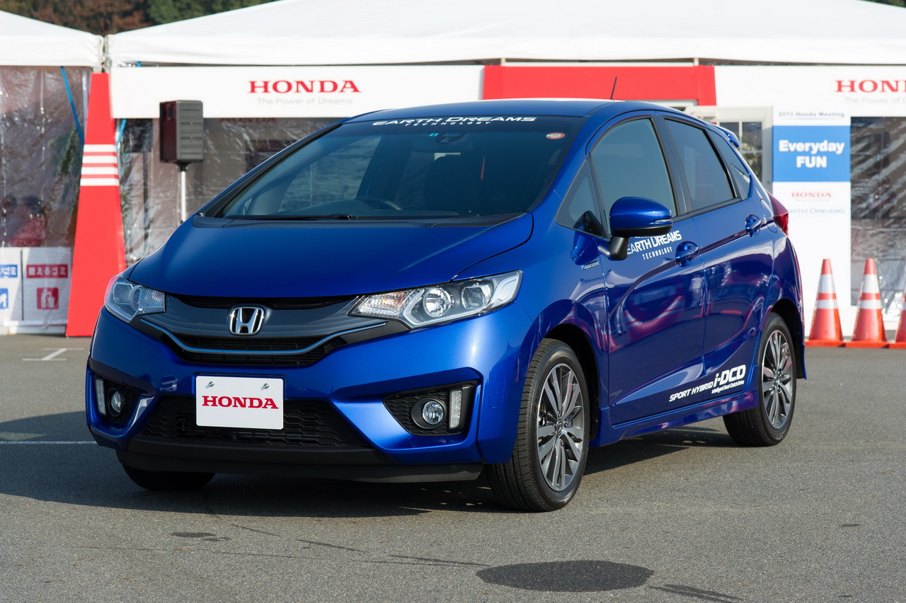 nouvelle honda jazz 2015 essai de la version hybride l 39 argus. Black Bedroom Furniture Sets. Home Design Ideas