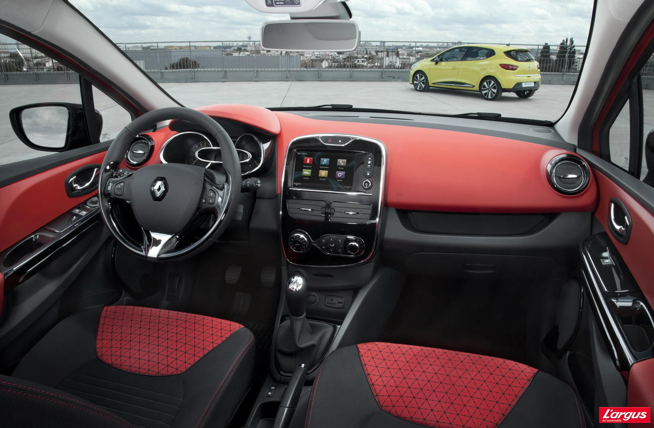 la nouvelle renault clio 4 en vid o mondial de l 39 auto 2012. Black Bedroom Furniture Sets. Home Design Ideas