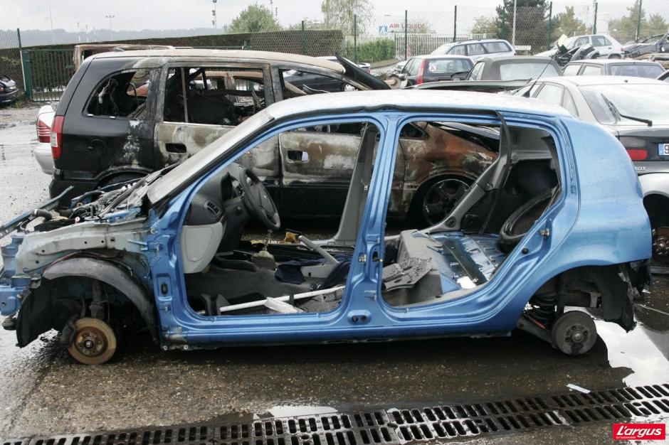 La douloureuse fin de vie des voitures photo 19 l 39 argus for Gestion de garage