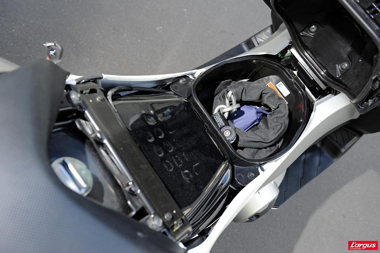 Honda 700 Integra : un «scooter» pour motard - Photo #6 ...