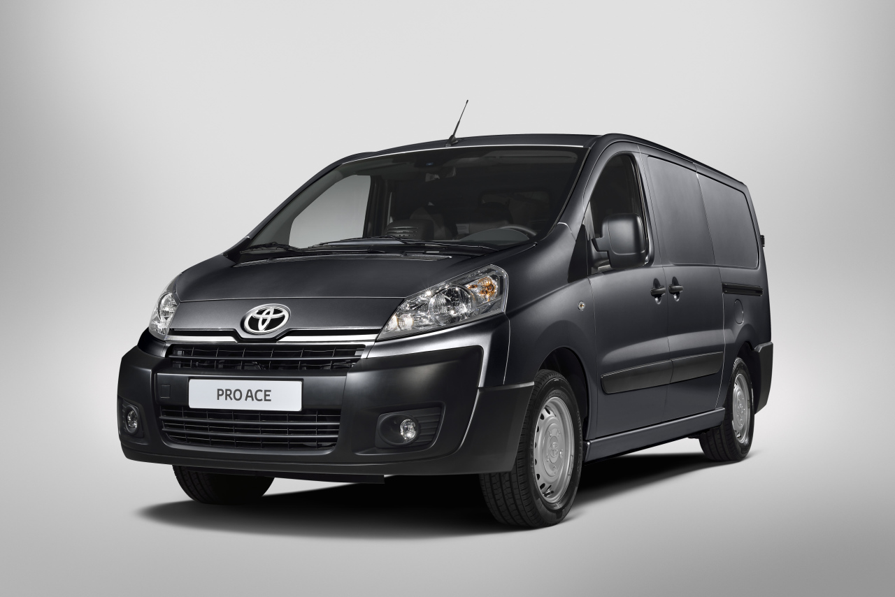 toyota proace les prix l 39 argus. Black Bedroom Furniture Sets. Home Design Ideas