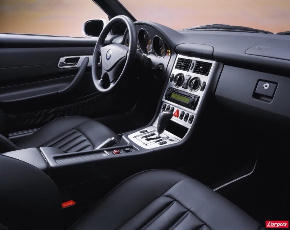 guide d 39 achat occasion 10 cabriolets moins de 10000 euros photo 18 l 39 argus. Black Bedroom Furniture Sets. Home Design Ideas