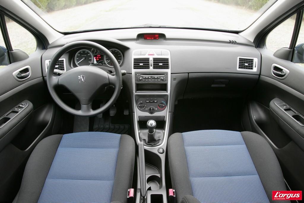 Peugeot 307 laquelle choisir for Interieur 307