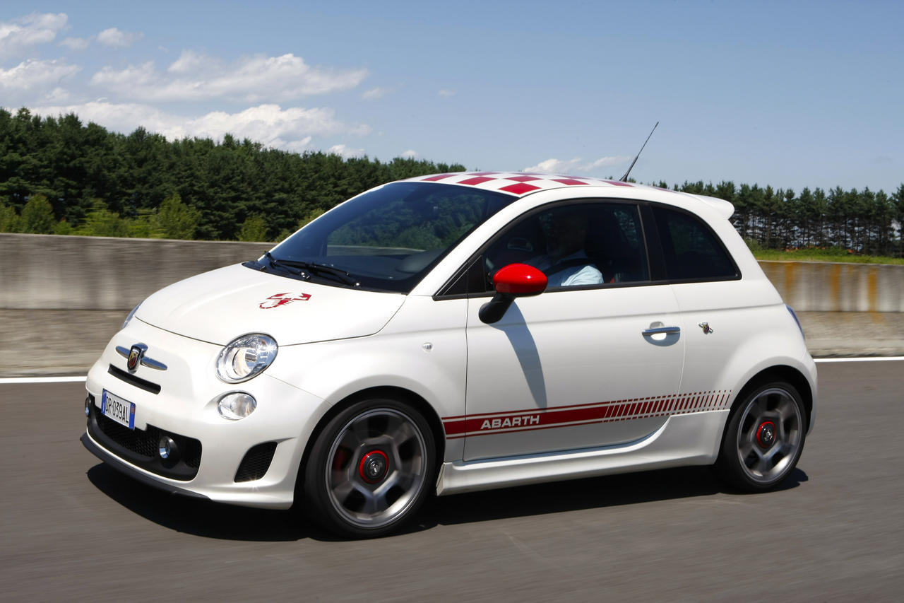 fiat 500 et 500 abarth au rappel l 39 argus. Black Bedroom Furniture Sets. Home Design Ideas