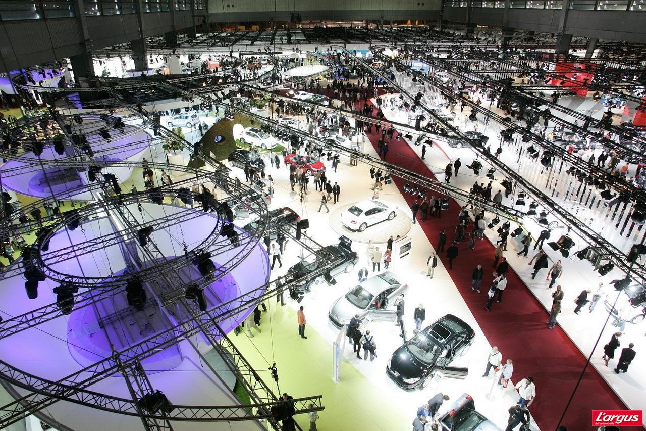 plus que trois jours avant le mondial salon de l 39 auto 2010. Black Bedroom Furniture Sets. Home Design Ideas