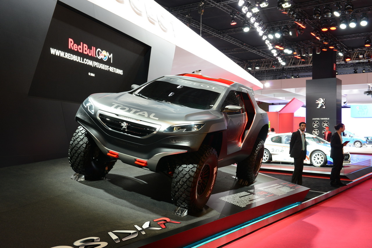 peugeot 2008 dkr le dakar au salon de l 39 auto de paris l 39 argus. Black Bedroom Furniture Sets. Home Design Ideas