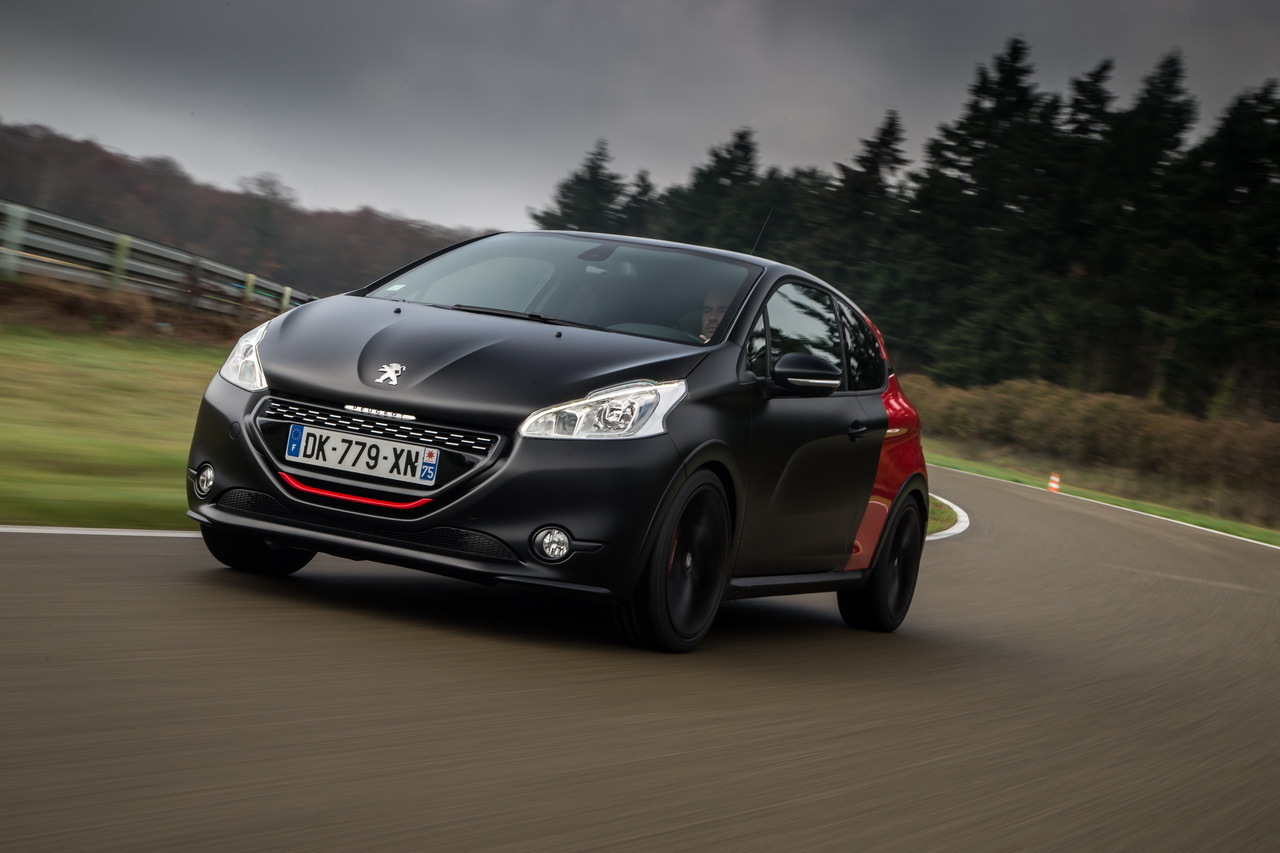 essai peugeot 208 gti 30th hommage sportif la 205 gti photo 21 l 39 argus. Black Bedroom Furniture Sets. Home Design Ideas