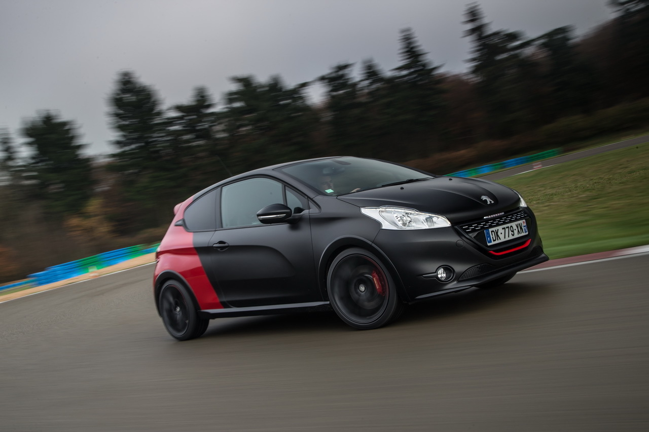 essai peugeot 208 gti 30th hommage sportif la 205 gti. Black Bedroom Furniture Sets. Home Design Ideas