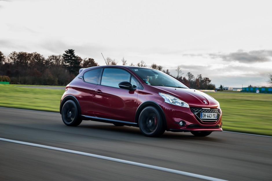 essai peugeot 208 gti 30th hommage sportif la 205 gti photo 42 l 39 argus. Black Bedroom Furniture Sets. Home Design Ideas