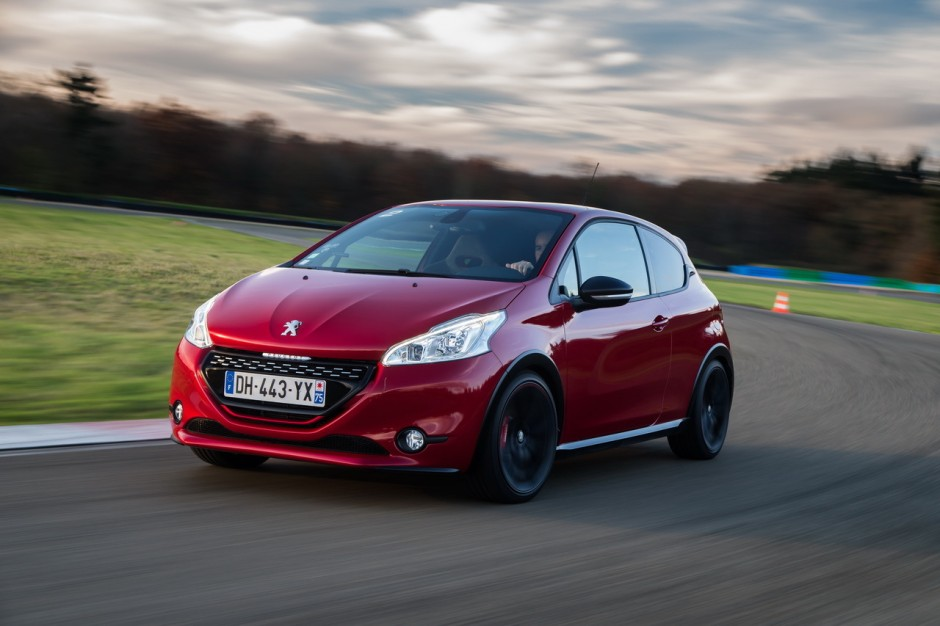 essai peugeot 208 gti 30th hommage sportif la 205 gti photo 43 l 39 argus. Black Bedroom Furniture Sets. Home Design Ideas