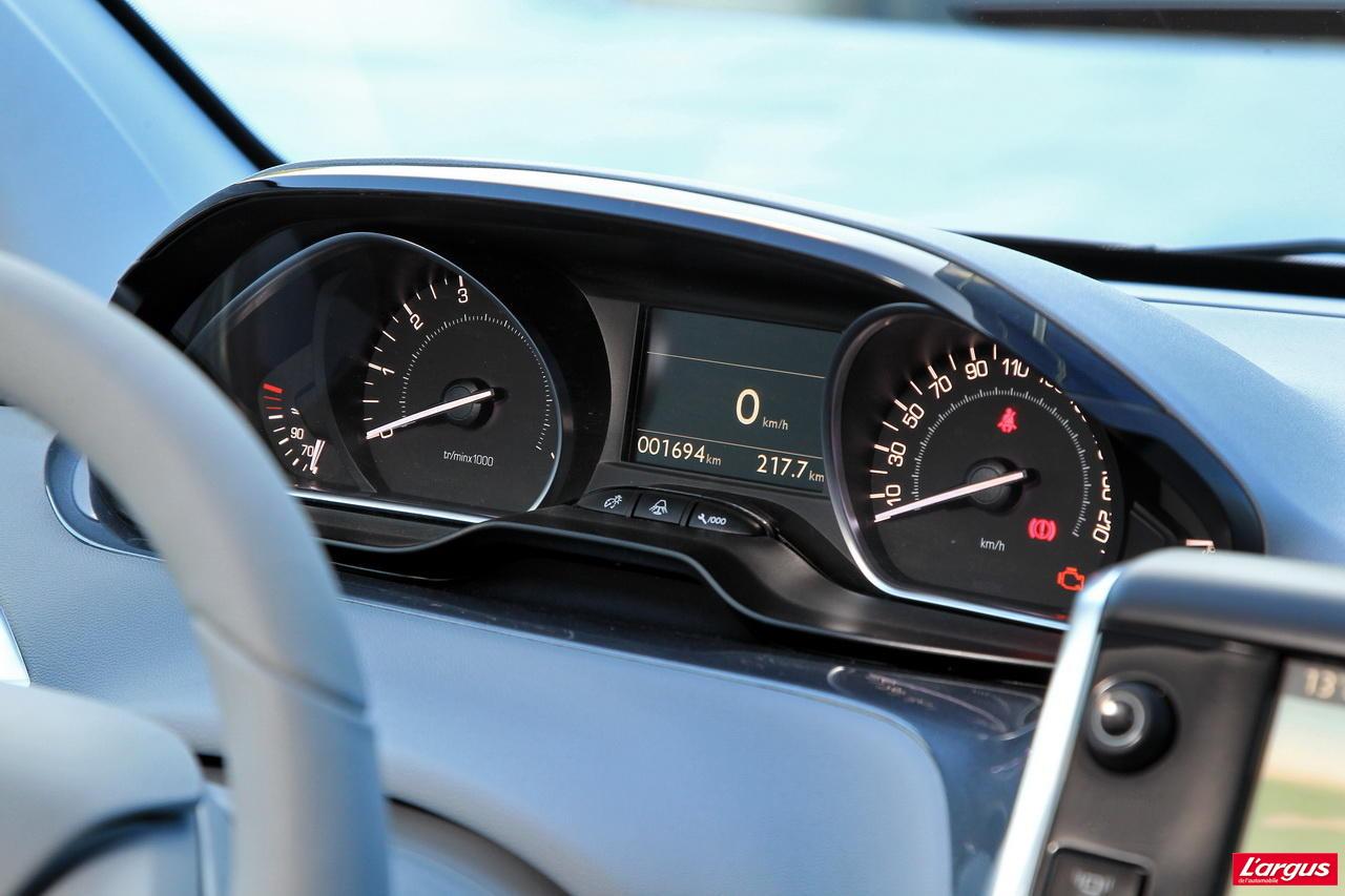 Premier Essai De La Peugeot 208 L Argus