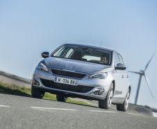 Dans le segment des compactes � essence, la nouvelle Peugeot 308 1.2 PureTech 130 EAT6 est une sacr�e cliente.