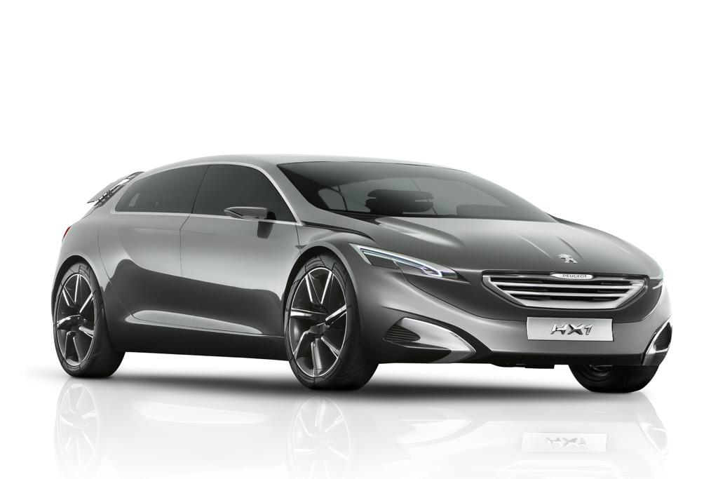 Vid o peugeot 6008 2017 le haut de gamme change de cap for Peugeot 6008 interieur