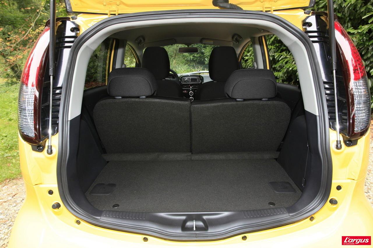 peugeot ion 1er essai de la peugeot ion lectrique salon de l 39 auto 2010. Black Bedroom Furniture Sets. Home Design Ideas
