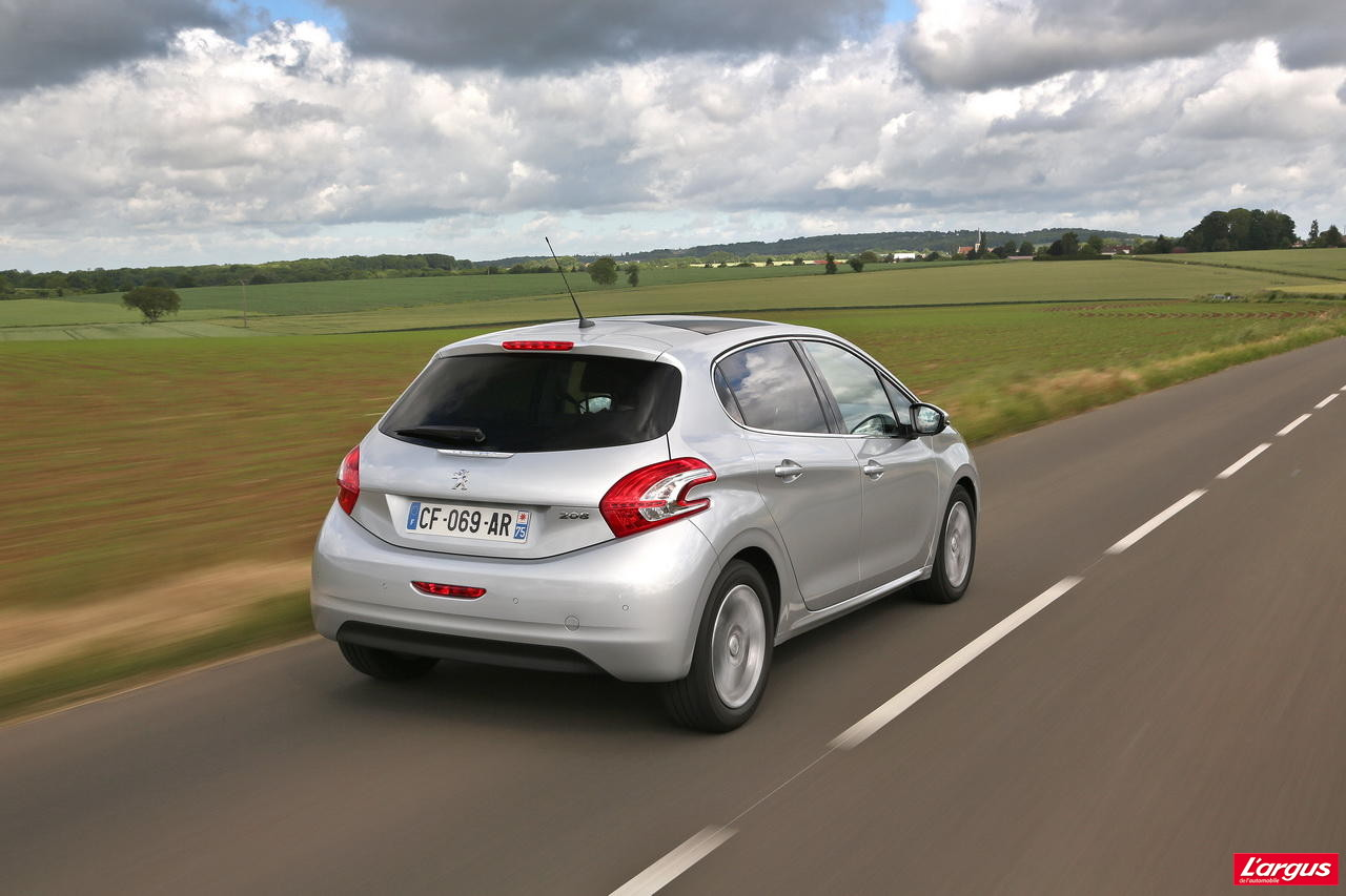 Subaru Diesel Usa >> Peugeot 208 1.2 VTi : pour changer du diesel