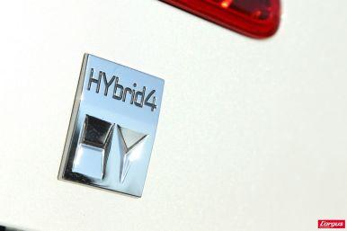 le peugeot 3008 hybrid4 affronte le volkswagen tiguan tdi l 39 argus. Black Bedroom Furniture Sets. Home Design Ideas
