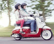 Essai du scooter n�o-r�tro Peugeot 125 Django