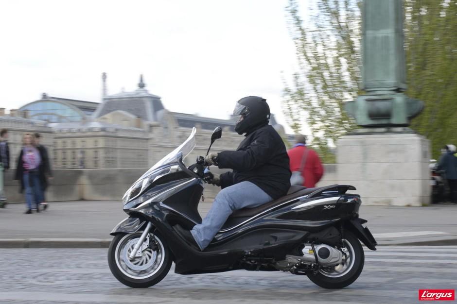 piaggio x10 le retour du maxi scooter 125 photo 2 l 39 argus. Black Bedroom Furniture Sets. Home Design Ideas
