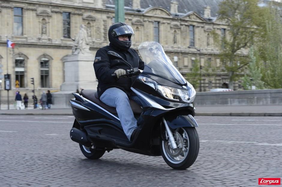 piaggio x10 le retour du maxi scooter 125 photo 3 l 39 argus. Black Bedroom Furniture Sets. Home Design Ideas