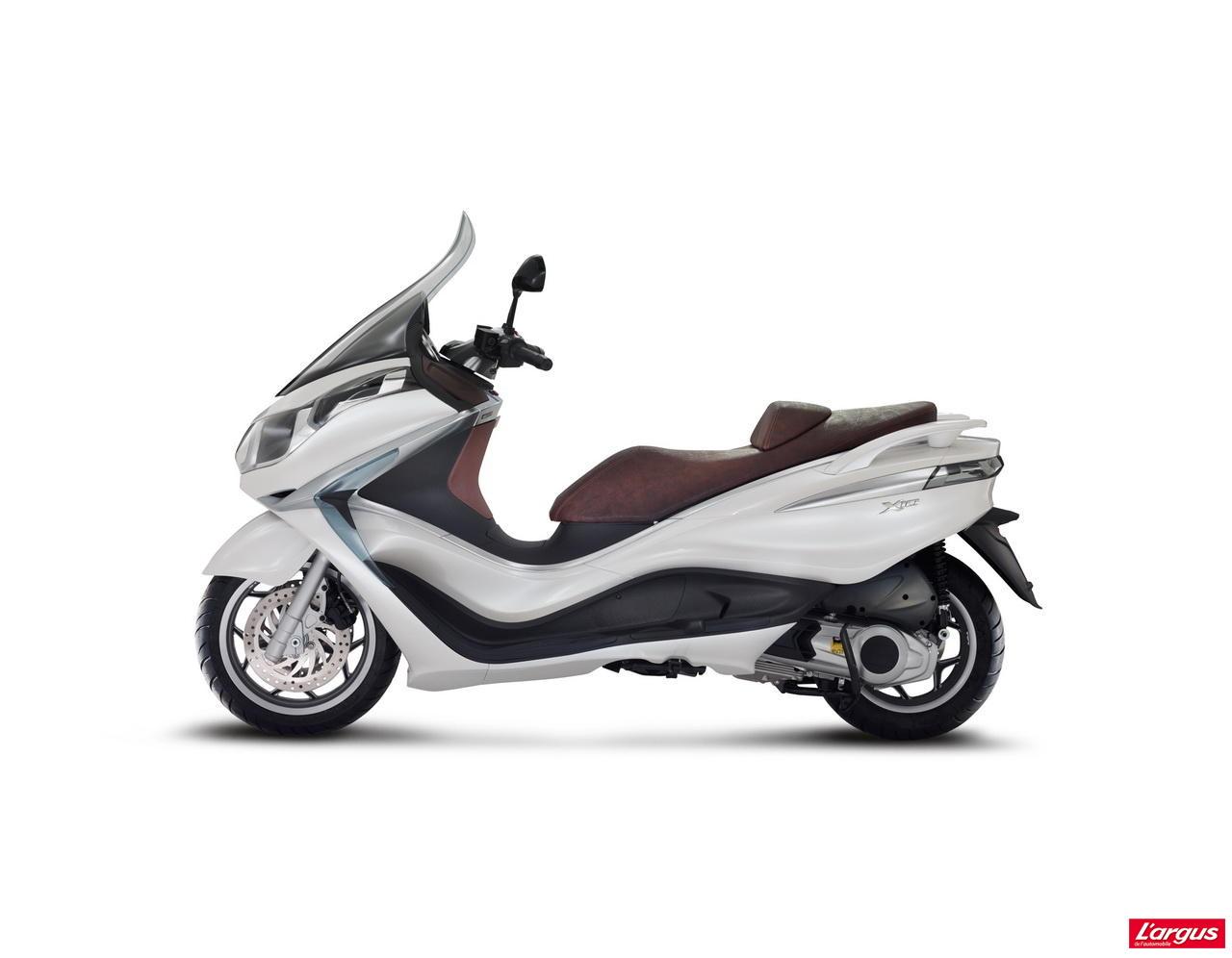 piaggio x10 le retour du maxi scooter 125 photo 5 l 39 argus. Black Bedroom Furniture Sets. Home Design Ideas